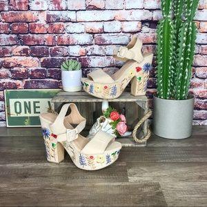 Boho Embroidered Heels Open Toe High Block Tan